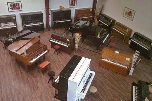 klavier vermietung reparatur klavier stimmen. Black Bedroom Furniture Sets. Home Design Ideas