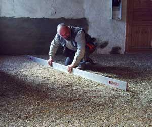 Hanf lehm bodensch ttung die ideale trittschall d mmung for Boden nivellieren